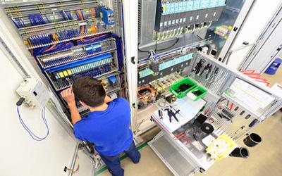 quadres elèctric i control